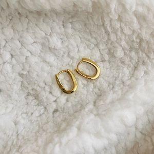 DAINTY GOLD S925 LOBE HUGGER EARRINGS